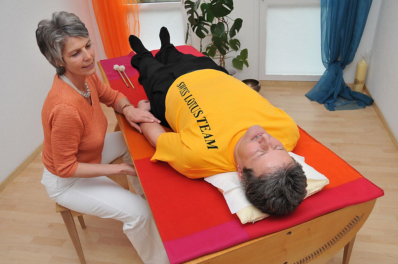 Monochord Therapie - Brigitte Witzig Körperarbeit